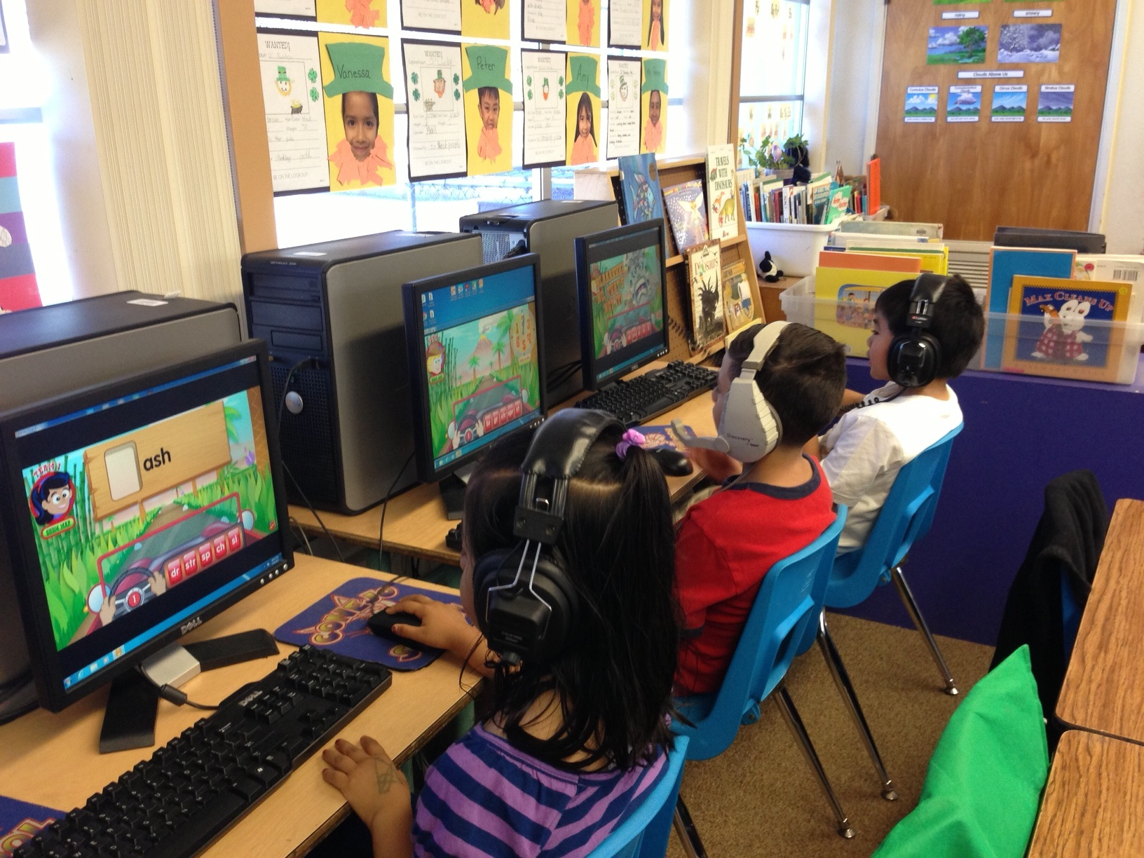 Elementary Classrooms Technology Use ~ Conejo elementary school cash classrooms